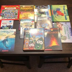 Other - Bundle of 12 early reader kids books. Educational
